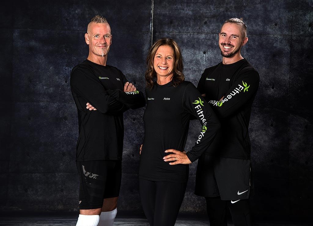 Våra personliga tränare Erik, Petra och Cim