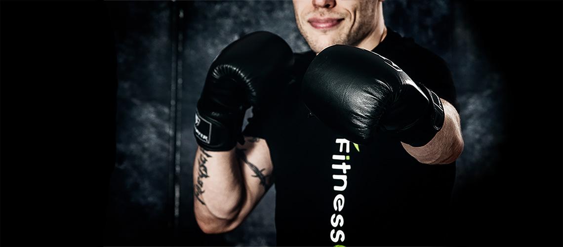Man med boxningshandskar